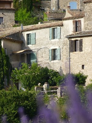 Chez Bellevue holiday rental in Saignon, south of France